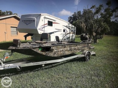 Excel 1754SWV4T, 17', for sale - $21,750
