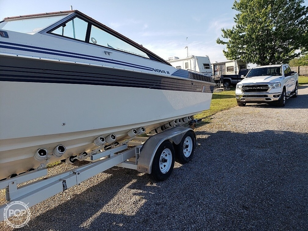 1989 Wellcraft boat for sale, model of the boat is 26 Nova II & Image # 8 of 34