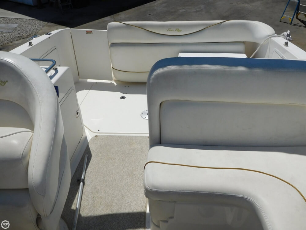 2002 Sea Ray boat for sale, model of the boat is 260 Sundancer & Image # 34 of 40