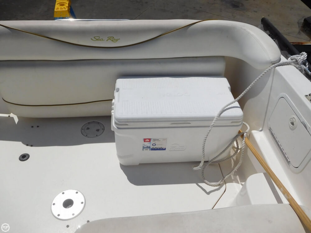 2002 Sea Ray boat for sale, model of the boat is 260 Sundancer & Image # 36 of 40
