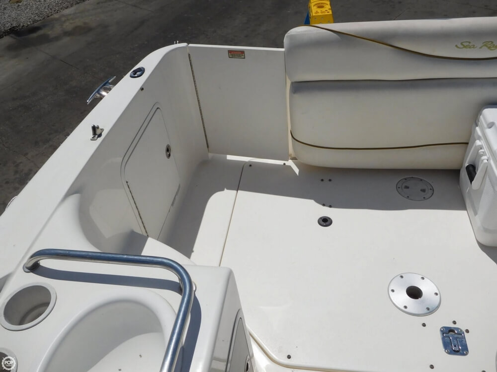 2002 Sea Ray boat for sale, model of the boat is 260 Sundancer & Image # 37 of 40
