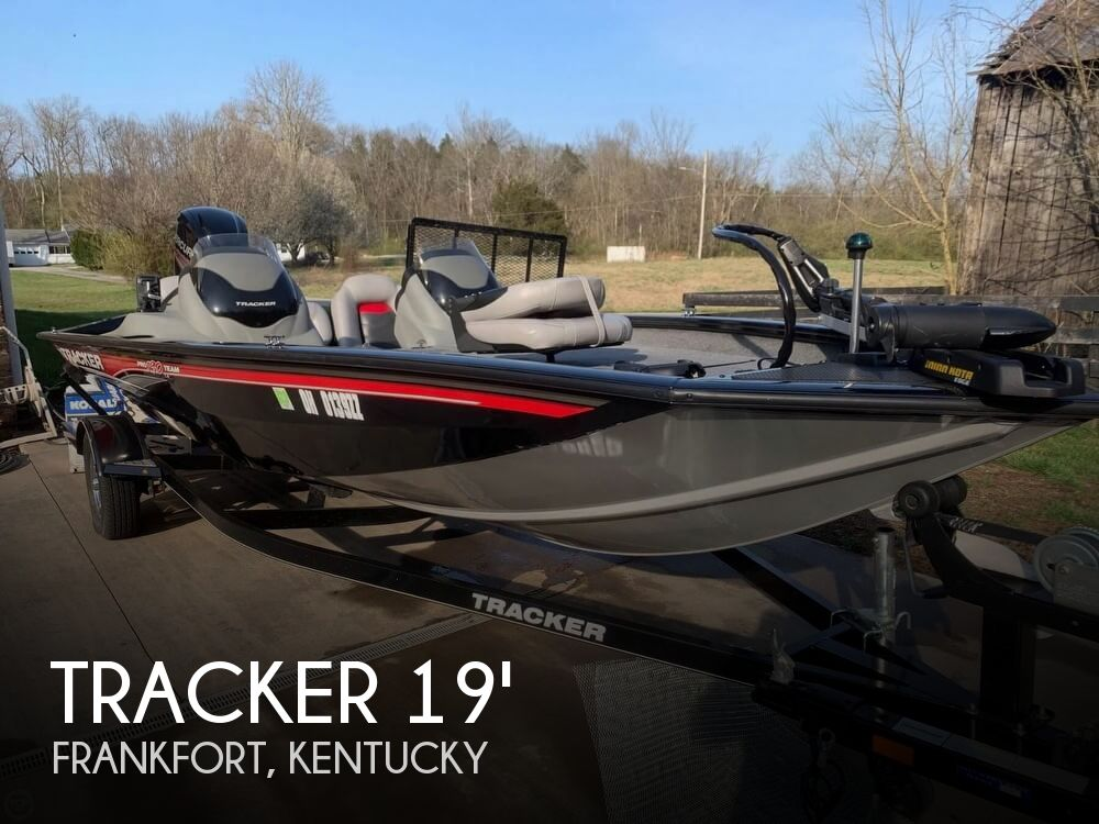 Used Boats For Sale in Lexington, Kentucky by owner   2016 Tracker 19