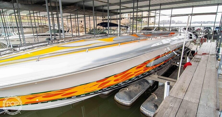 2006 Fountain boat for sale, model of the boat is 47 Lightning & Image # 3 of 41