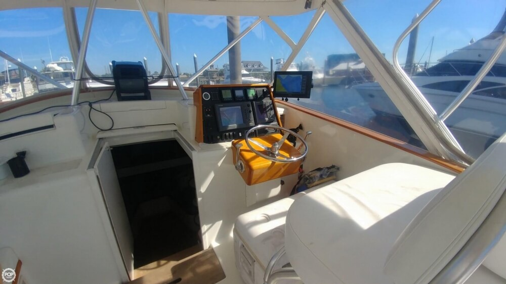 1973 Hatteras boat for sale, model of the boat is Custom & Image # 15 of 40