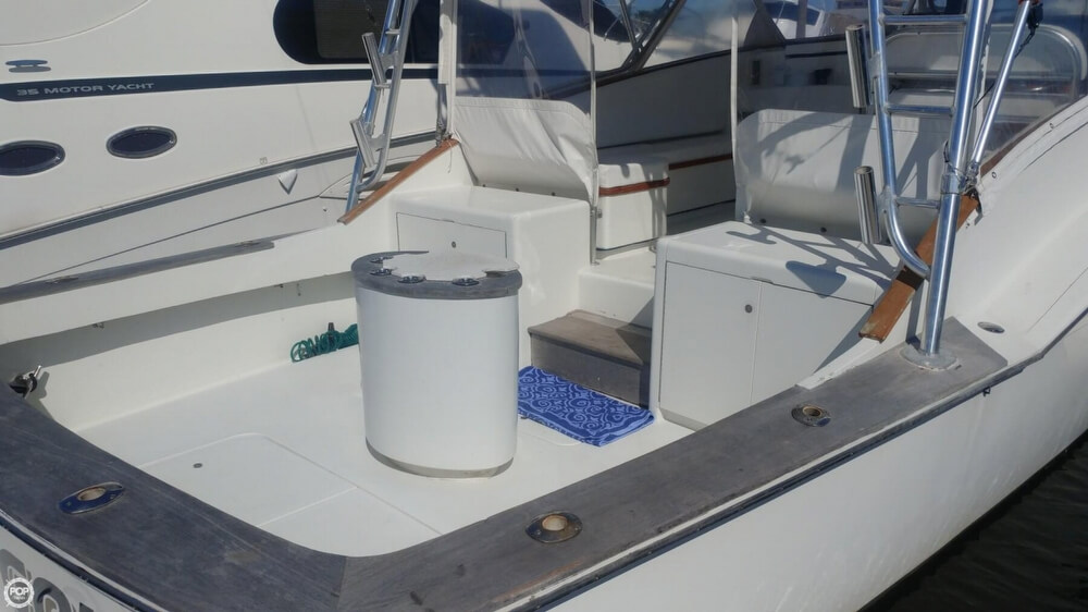 1973 Hatteras boat for sale, model of the boat is Custom & Image # 10 of 40