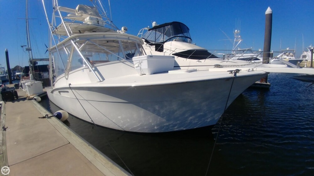 1973 Hatteras boat for sale, model of the boat is Custom & Image # 21 of 40