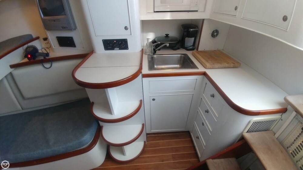 1973 Hatteras boat for sale, model of the boat is Custom & Image # 7 of 40
