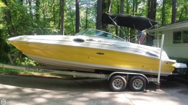 Sea Ray 240 Sundeck, 26', for sale - $27,800