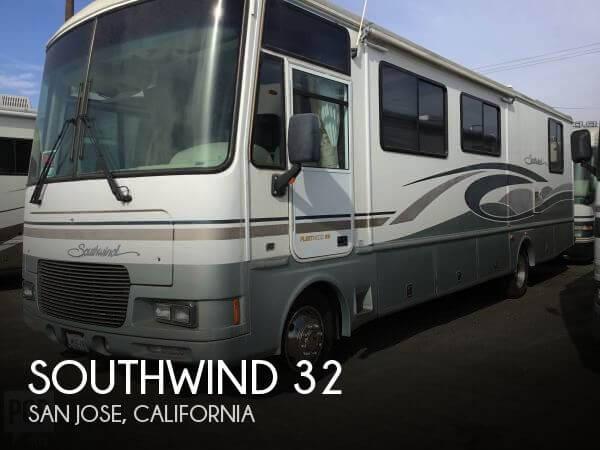 2001 Fleetwood Southwind 32