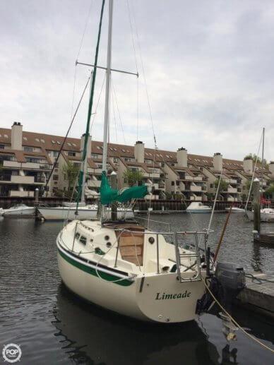 Ericson Yachts 27, 27', for sale - $15,000