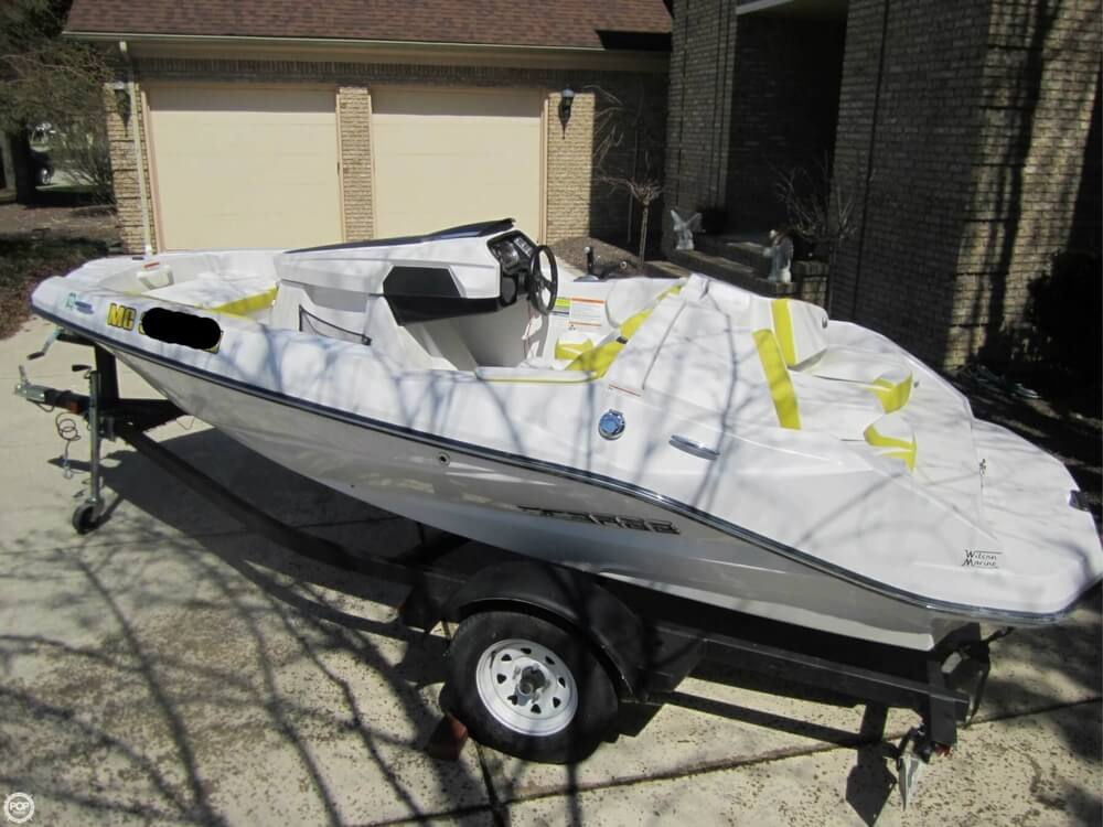 2016 Scarab boat for sale, model of the boat is 165 & Image # 2 of 40