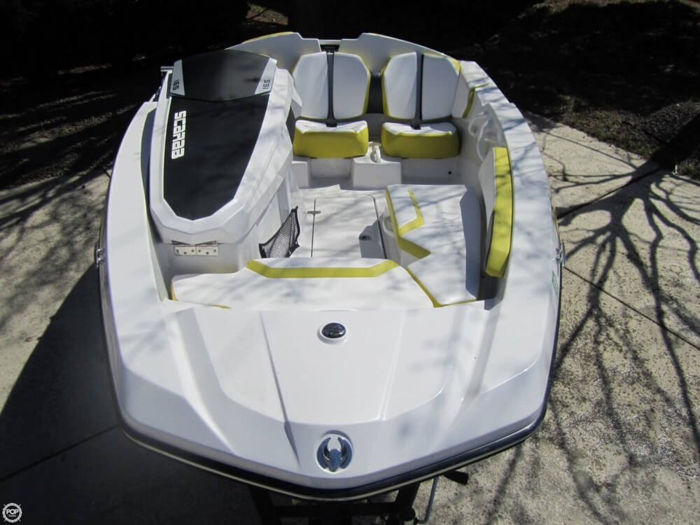 2016 Scarab boat for sale, model of the boat is 165 & Image # 4 of 40