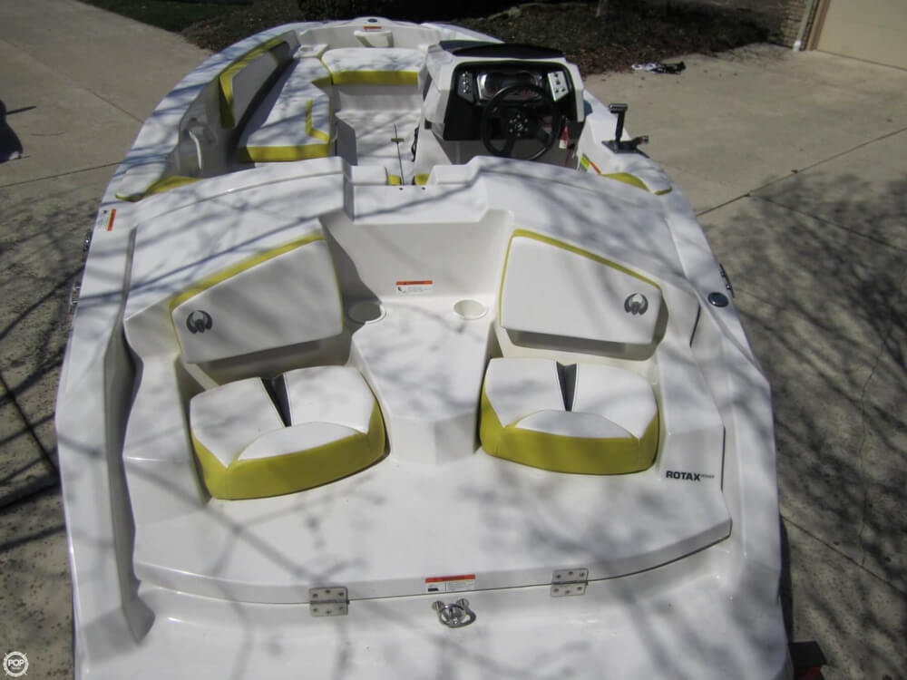 2016 Scarab boat for sale, model of the boat is 165 & Image # 18 of 40