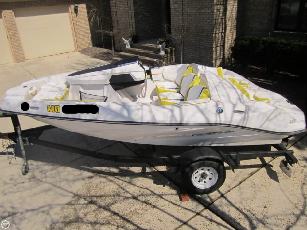 2016 Scarab boat for sale, model of the boat is 165 & Image # 23 of 40