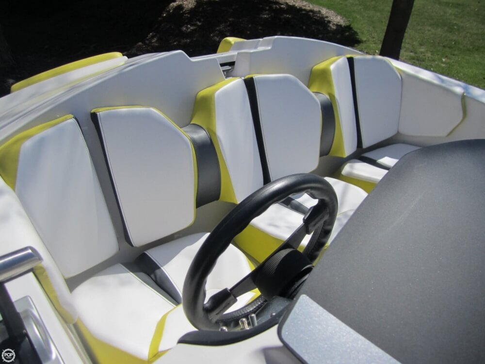2016 Scarab boat for sale, model of the boat is 165 & Image # 26 of 40