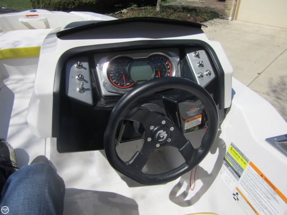 2016 Scarab boat for sale, model of the boat is 165 & Image # 36 of 40