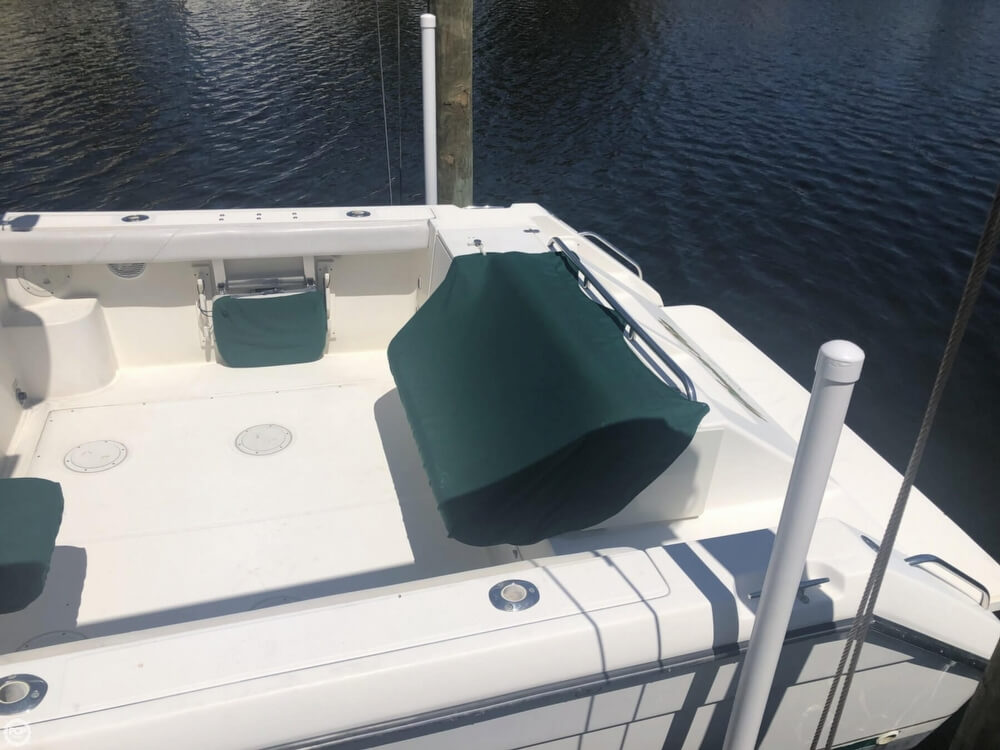 2000 Pursuit boat for sale, model of the boat is 2860 Denali & Image # 8 of 40