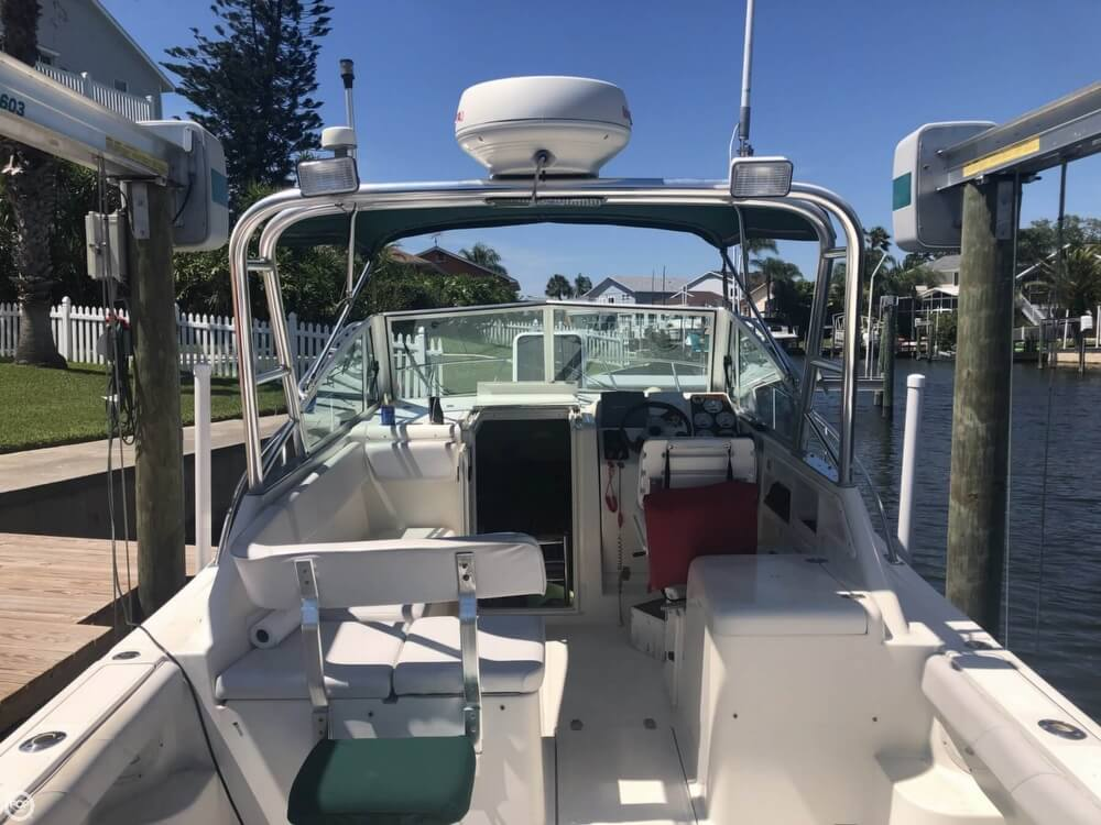 2000 Pursuit boat for sale, model of the boat is 2860 Denali & Image # 9 of 40