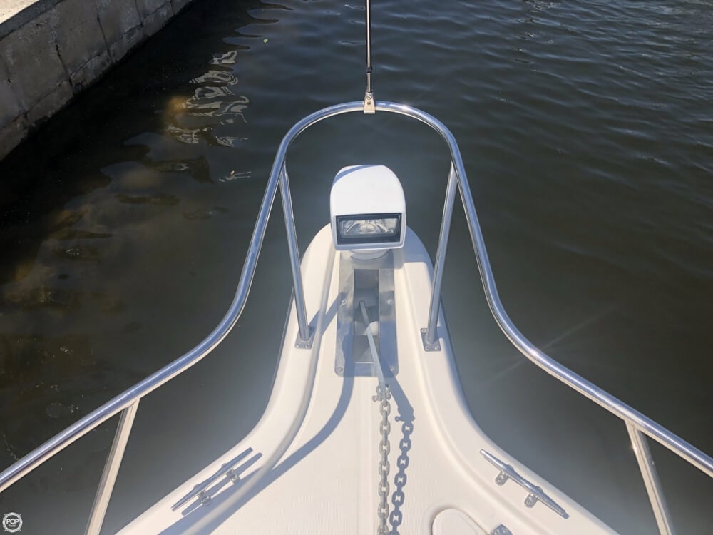 2000 Pursuit boat for sale, model of the boat is 2860 Denali & Image # 12 of 40