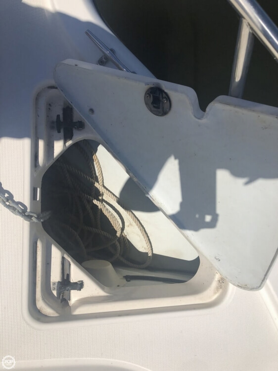 2000 Pursuit boat for sale, model of the boat is 2860 Denali & Image # 17 of 40