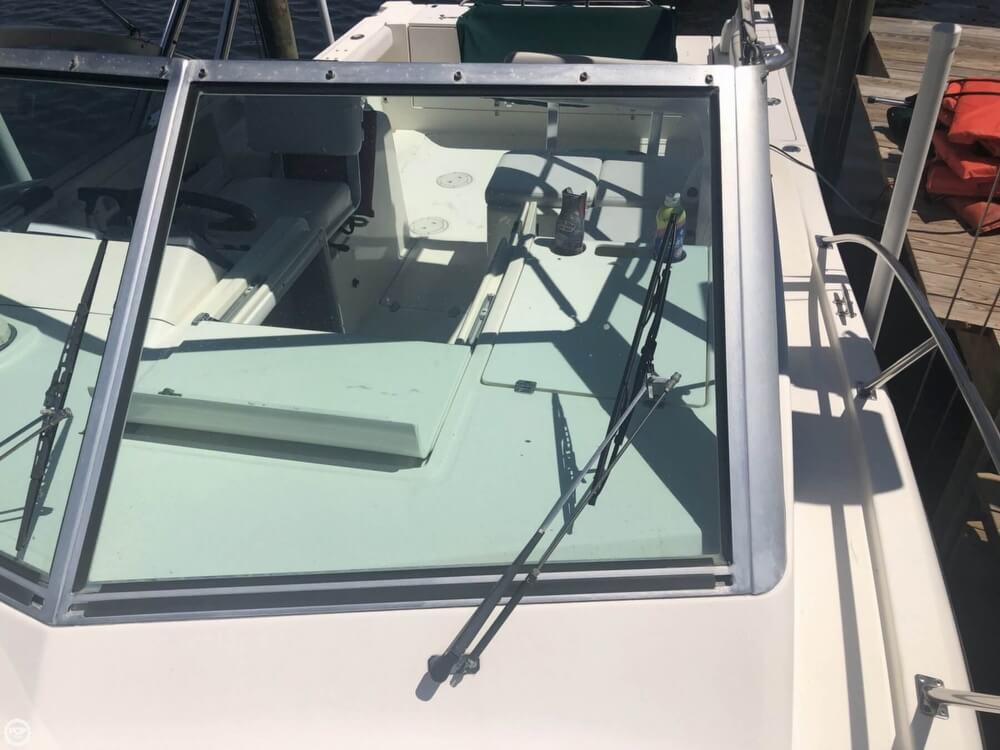 2000 Pursuit boat for sale, model of the boat is 2860 Denali & Image # 32 of 40