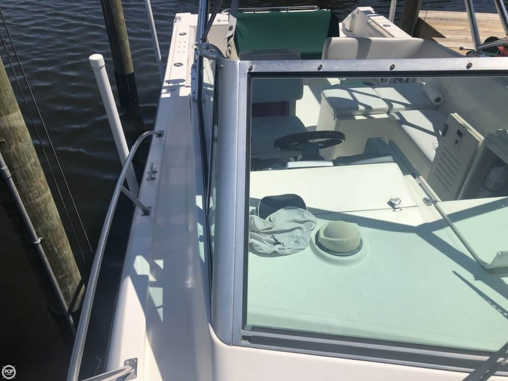 2000 Pursuit boat for sale, model of the boat is 2860 Denali & Image # 34 of 40