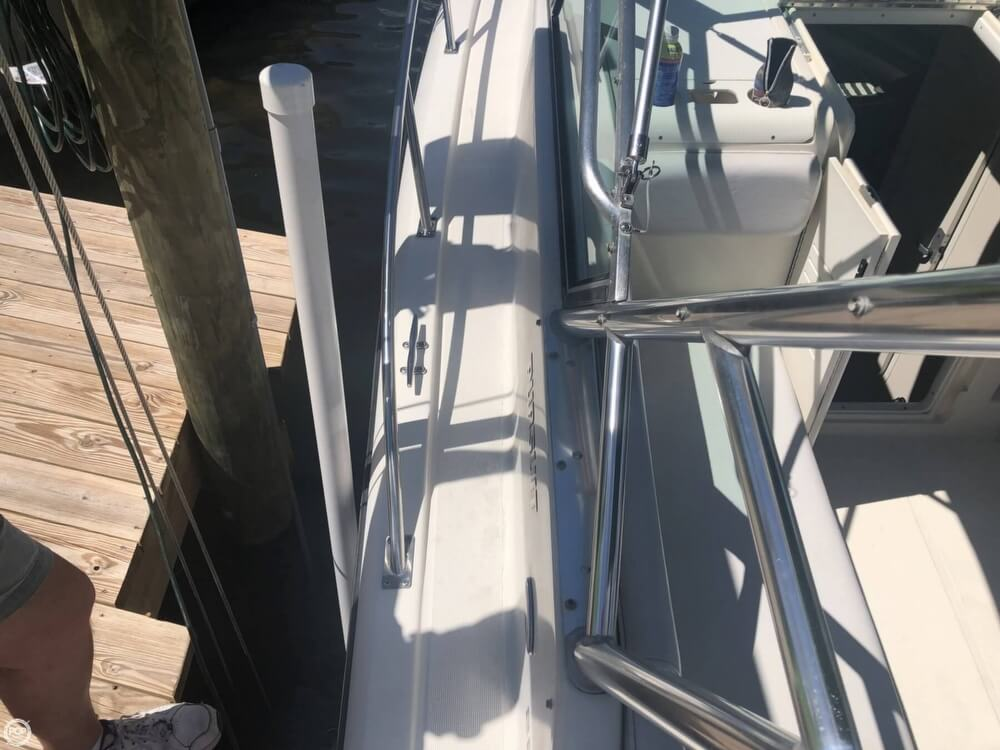 2000 Pursuit boat for sale, model of the boat is 2860 Denali & Image # 39 of 40
