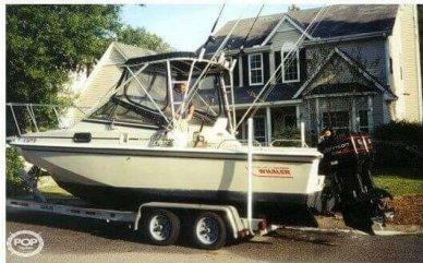 Boston Whaler 22 Revenge WT, 22', for sale - $16,000