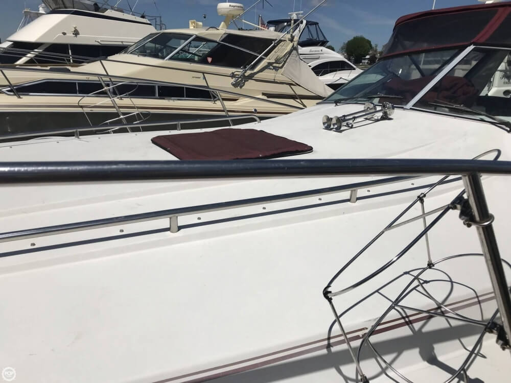 1990 Wellcraft boat for sale, model of the boat is Gran Sport & Image # 18 of 40