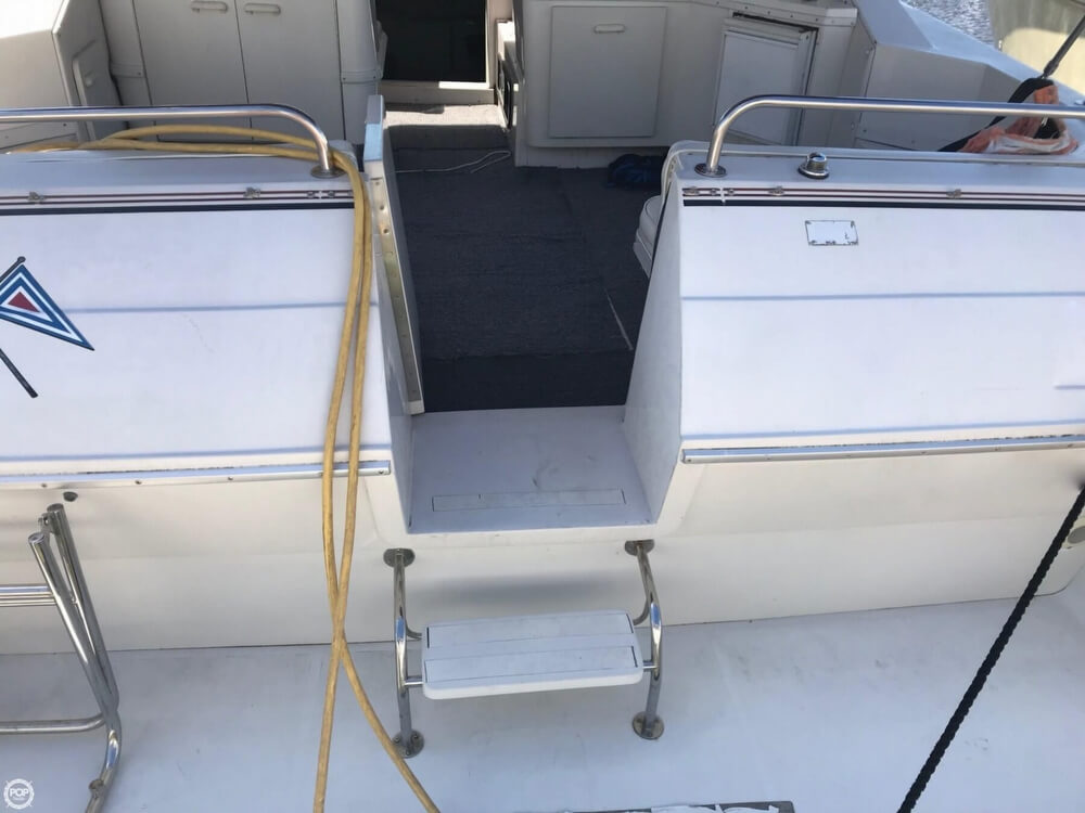 1990 Wellcraft boat for sale, model of the boat is Gran Sport & Image # 26 of 40