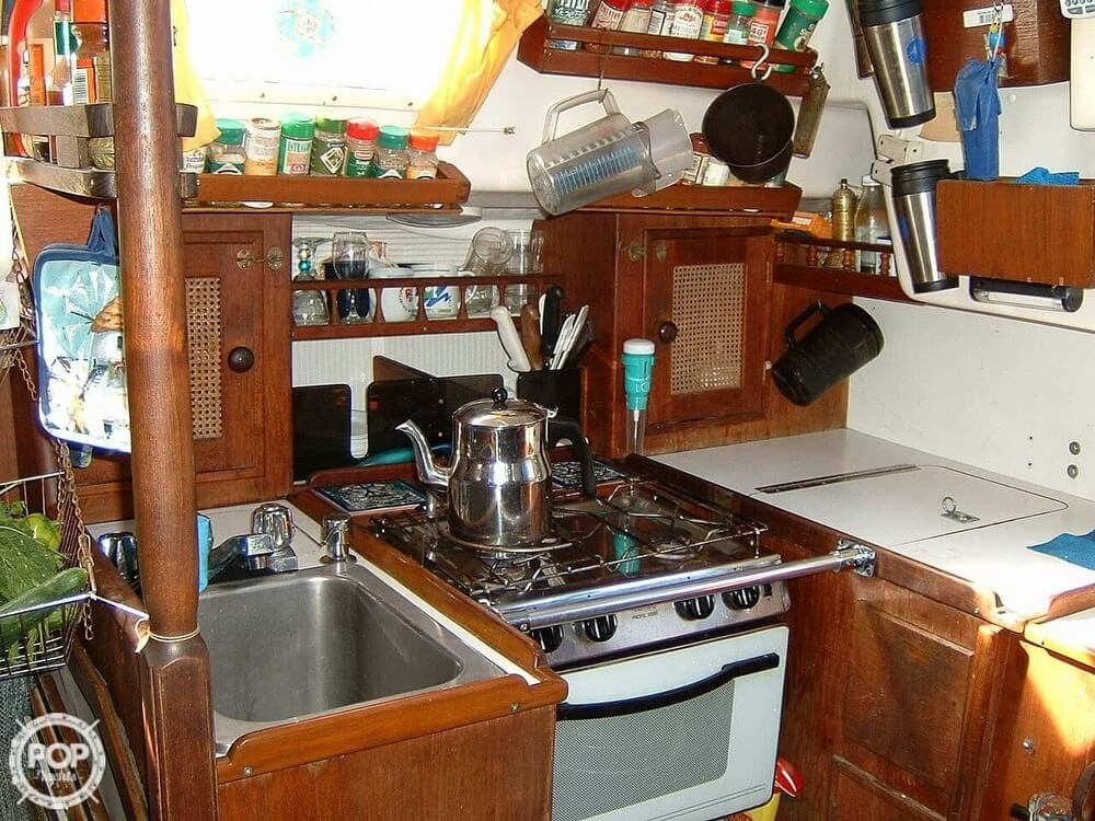 1978 Ontario Yachts boat for sale, model of the boat is 32 & Image # 11 of 13