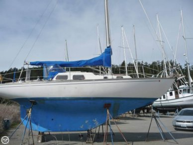 Alberg 30, 30', for sale - $16,000