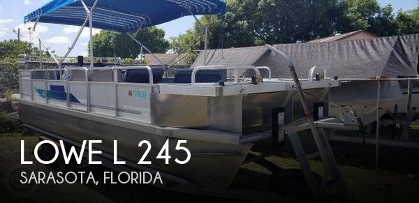 Used Lowe Pontoon Boats For Sale by owner | 1994 Lowe 24