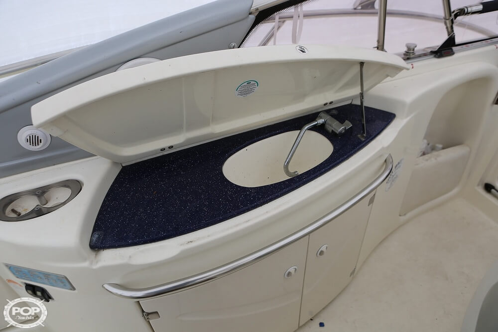 2003 Cranchi boat for sale, model of the boat is 33 Endurance & Image # 16 of 40
