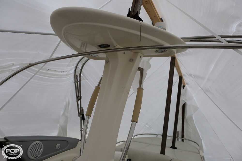 2003 Cranchi boat for sale, model of the boat is 33 Endurance & Image # 17 of 40