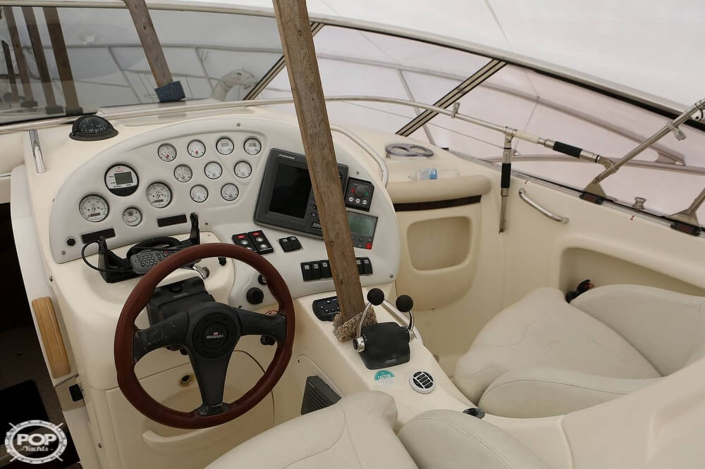 2003 Cranchi boat for sale, model of the boat is 33 Endurance & Image # 39 of 40