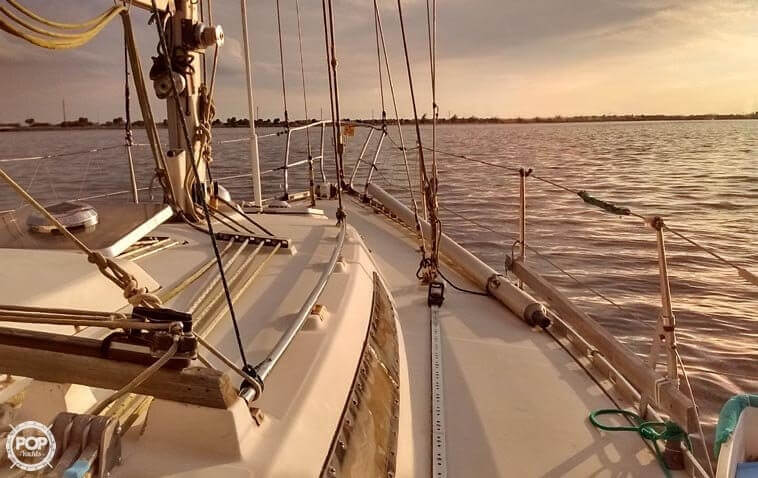 1982 Beneteau boat for sale, model of the boat is First 38 & Image # 3 of 40