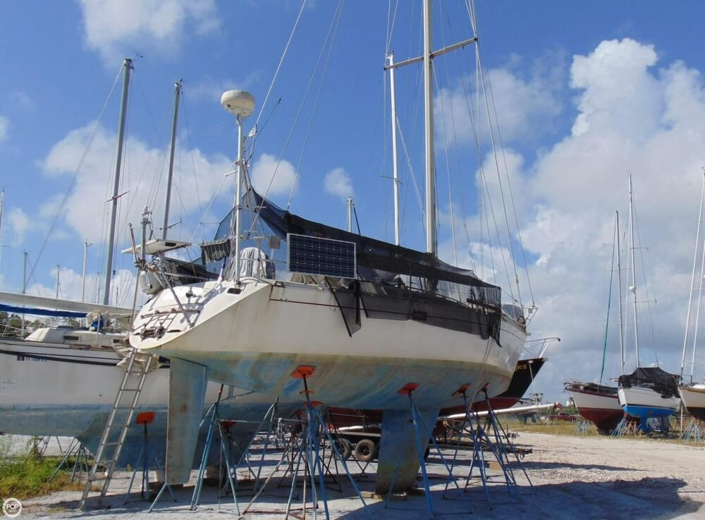 1982 Beneteau boat for sale, model of the boat is First 38 & Image # 9 of 40