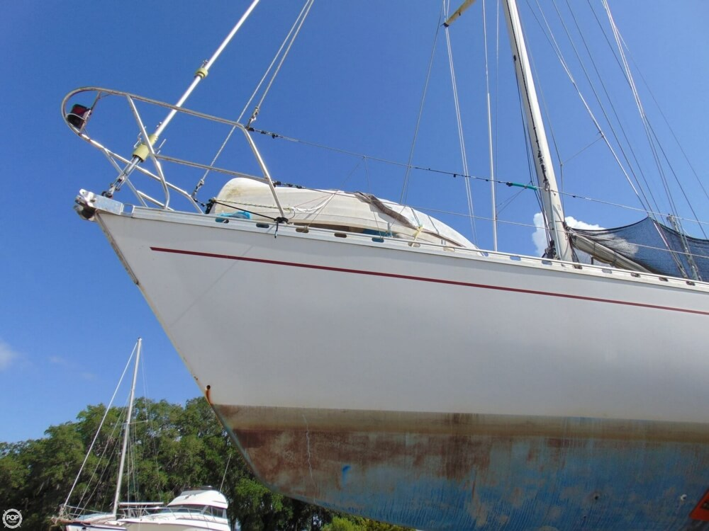 1982 Beneteau boat for sale, model of the boat is First 38 & Image # 15 of 40