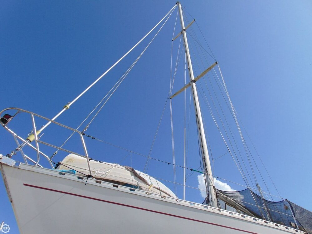 1982 Beneteau boat for sale, model of the boat is First 38 & Image # 16 of 40