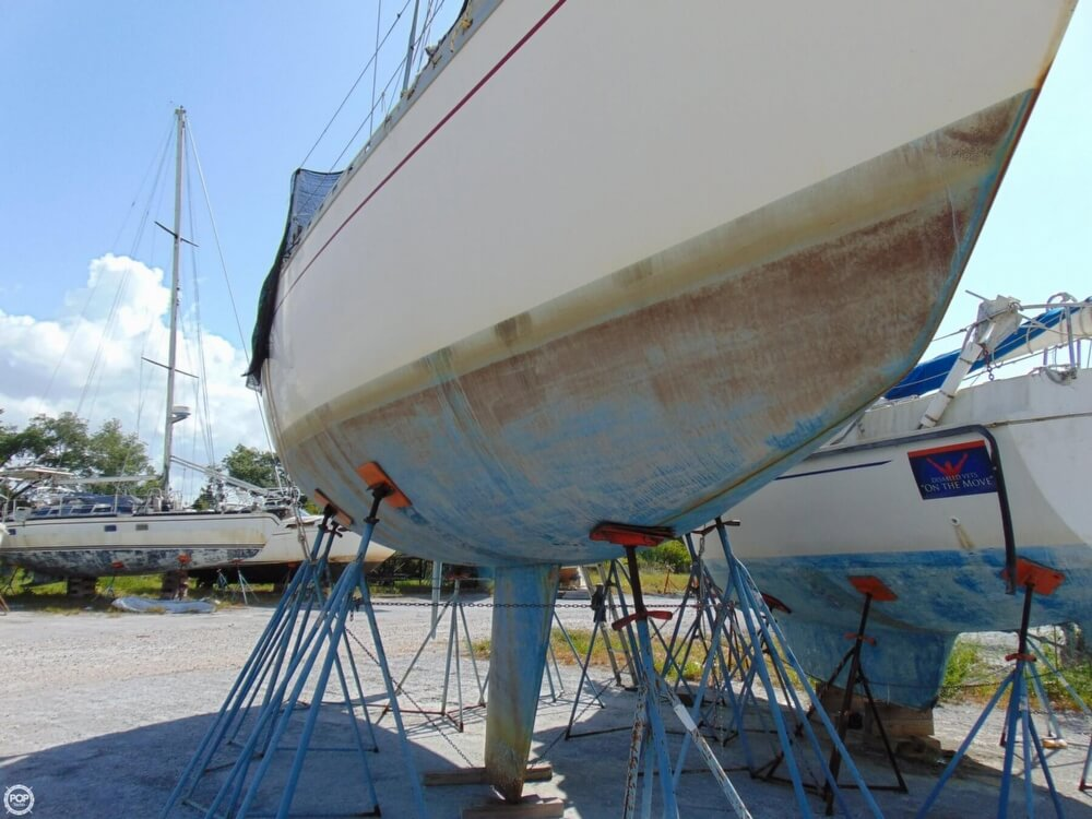 1982 Beneteau boat for sale, model of the boat is First 38 & Image # 18 of 40