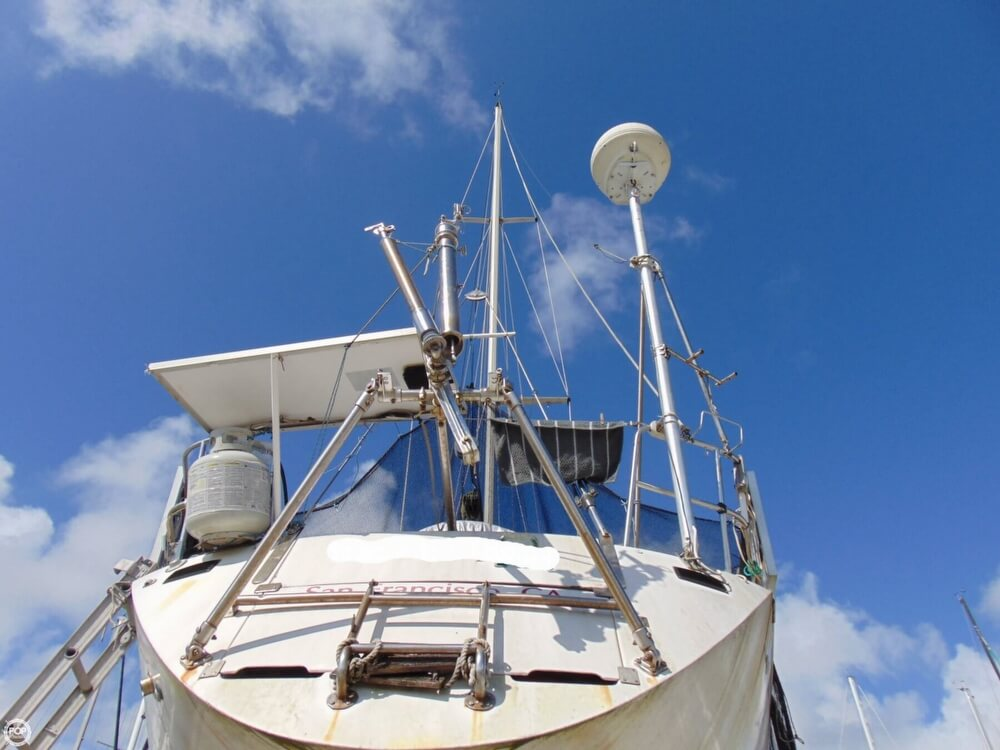 1982 Beneteau boat for sale, model of the boat is First 38 & Image # 22 of 40