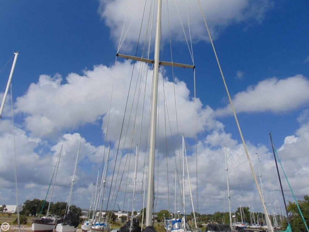 1982 Beneteau boat for sale, model of the boat is First 38 & Image # 24 of 40