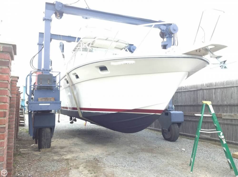 1986 Luhrs boat for sale, model of the boat is 340 Sport fisherman & Image # 5 of 40