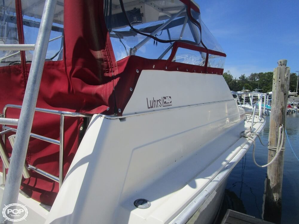 1986 Luhrs boat for sale, model of the boat is 340 Sport fisherman & Image # 9 of 40