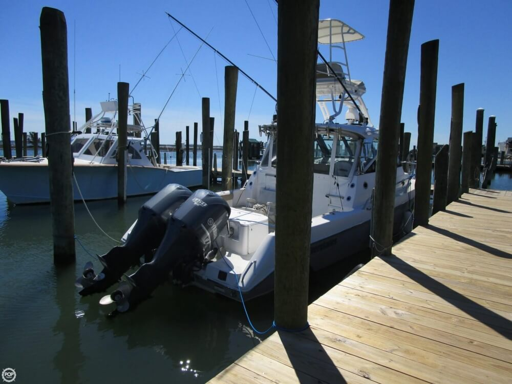 2011 Everglades boat for sale, model of the boat is 320 EX & Image # 10 of 40