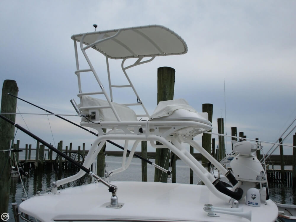2011 Everglades boat for sale, model of the boat is 320 EX & Image # 13 of 40