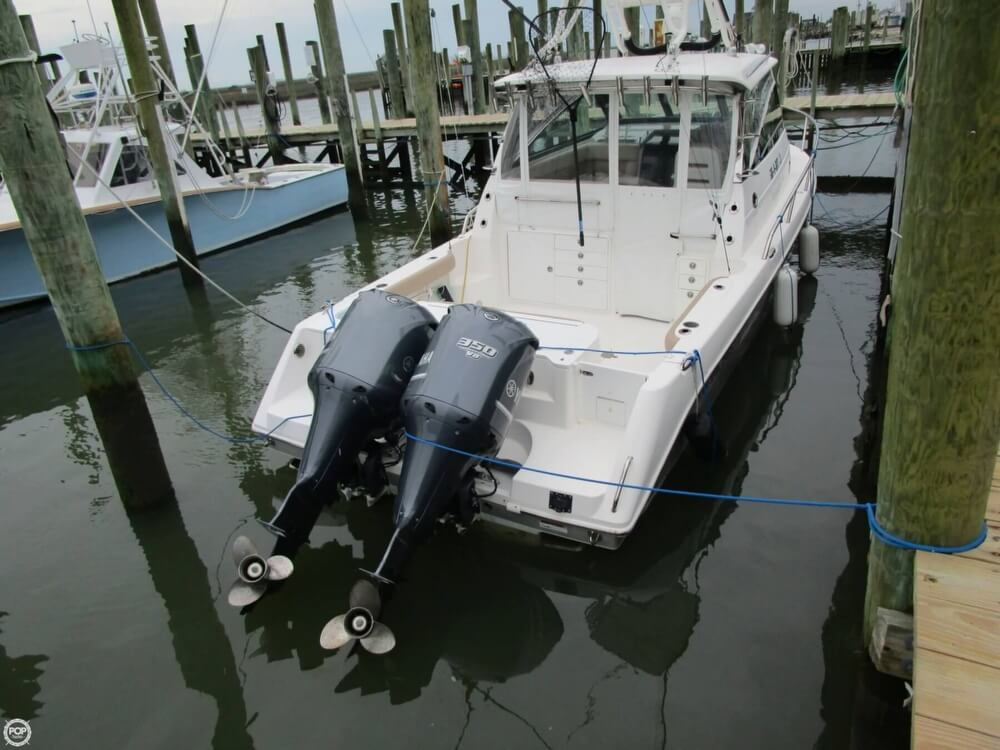 2011 Everglades boat for sale, model of the boat is 320 EX & Image # 15 of 40