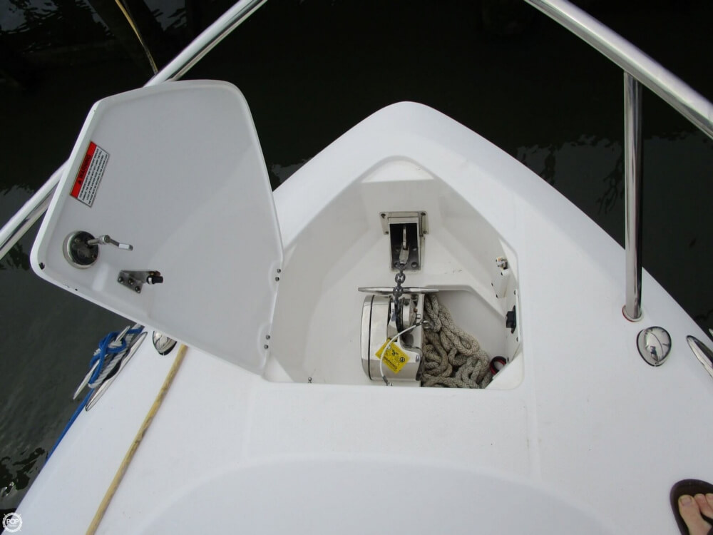 2011 Everglades boat for sale, model of the boat is 320 EX & Image # 21 of 40