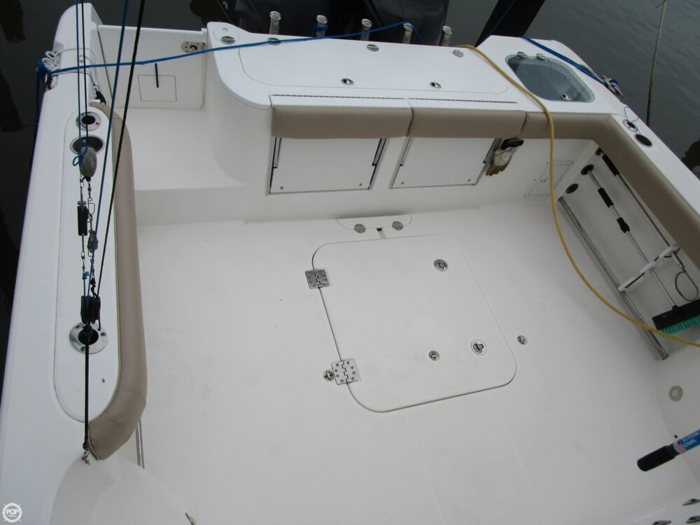 2011 Everglades boat for sale, model of the boat is 320 EX & Image # 27 of 40